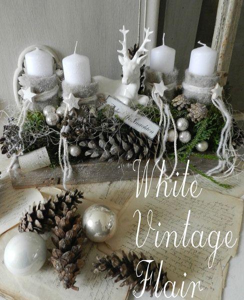 adventskranz adventskranz ein hirsch im weihnachtswald. Black Bedroom Furniture Sets. Home Design Ideas