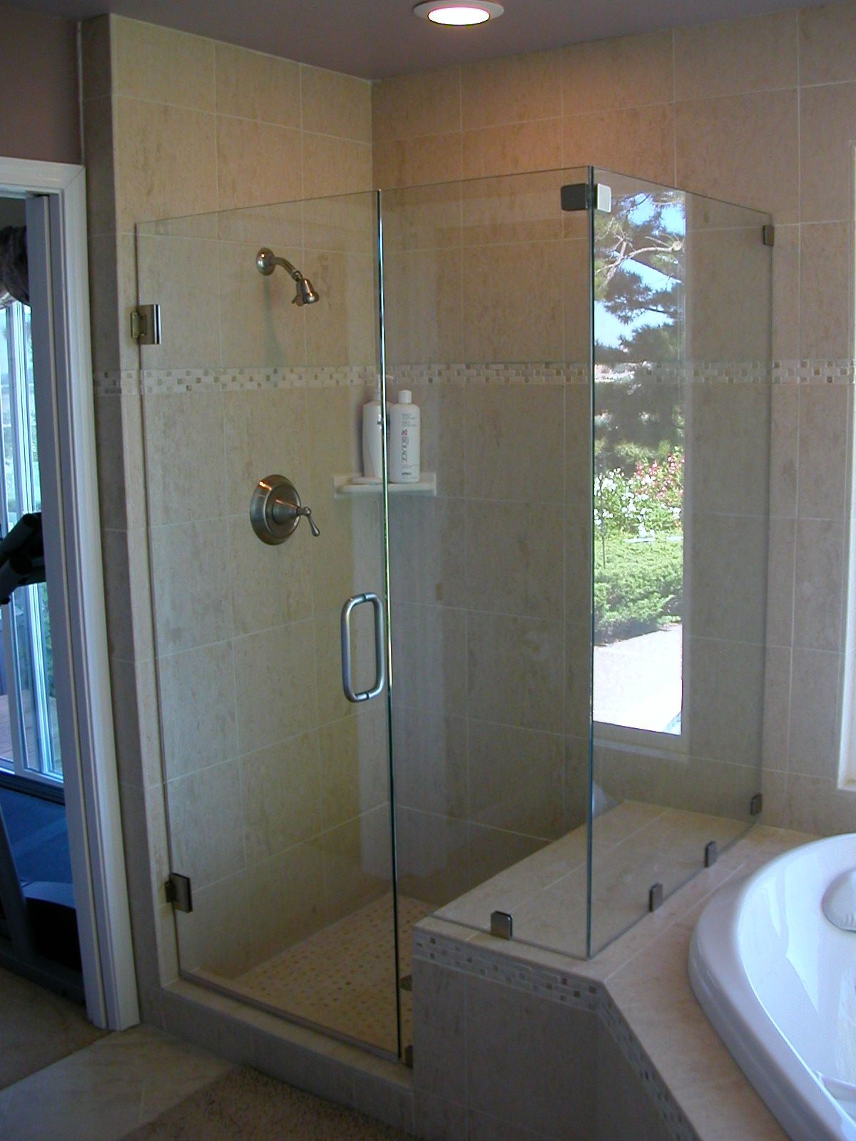 types of shower door finishes | Jim\'s Glass is a family owned glass ...