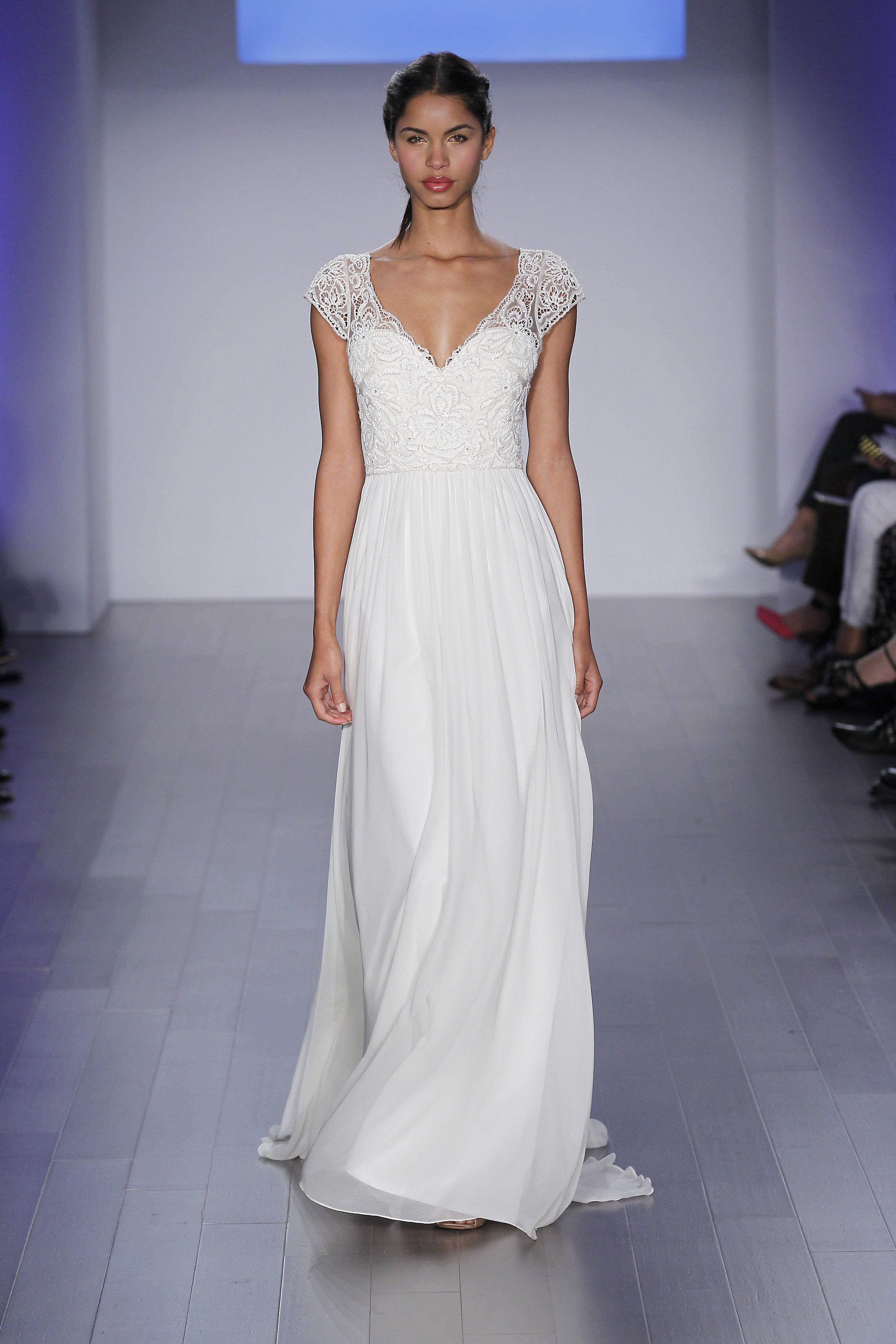 Jim hjelm style 8508 wedding dress outfit short bridal