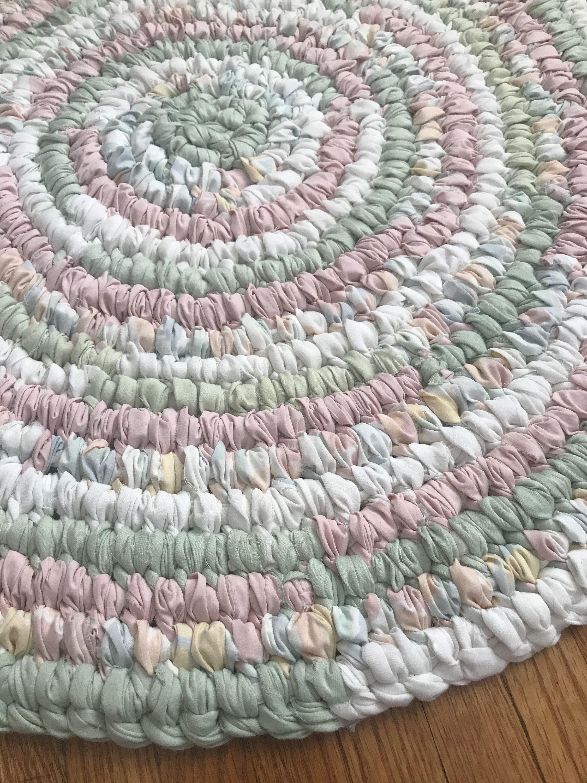Excited To Share This Item From My Etsy Shop Handmade Rag Rug Round Rug Farmhouse Rug Cabin Rug Toothbrush Ra Crochet Rag Rug Braided Rug Diy Rag Rug Diy