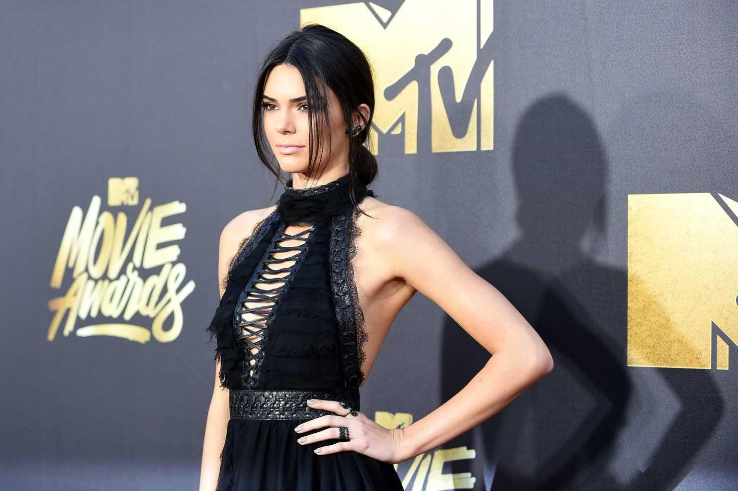 Analysis Kendall Jenner Photos Brunette Celebrities Kendall Jenner Pregnant