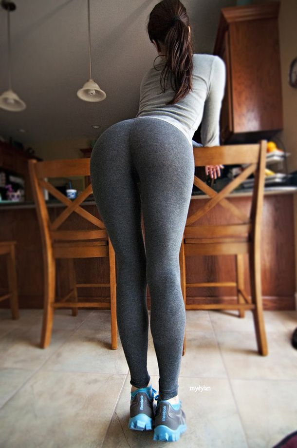 Bending Over In Yoga Pants