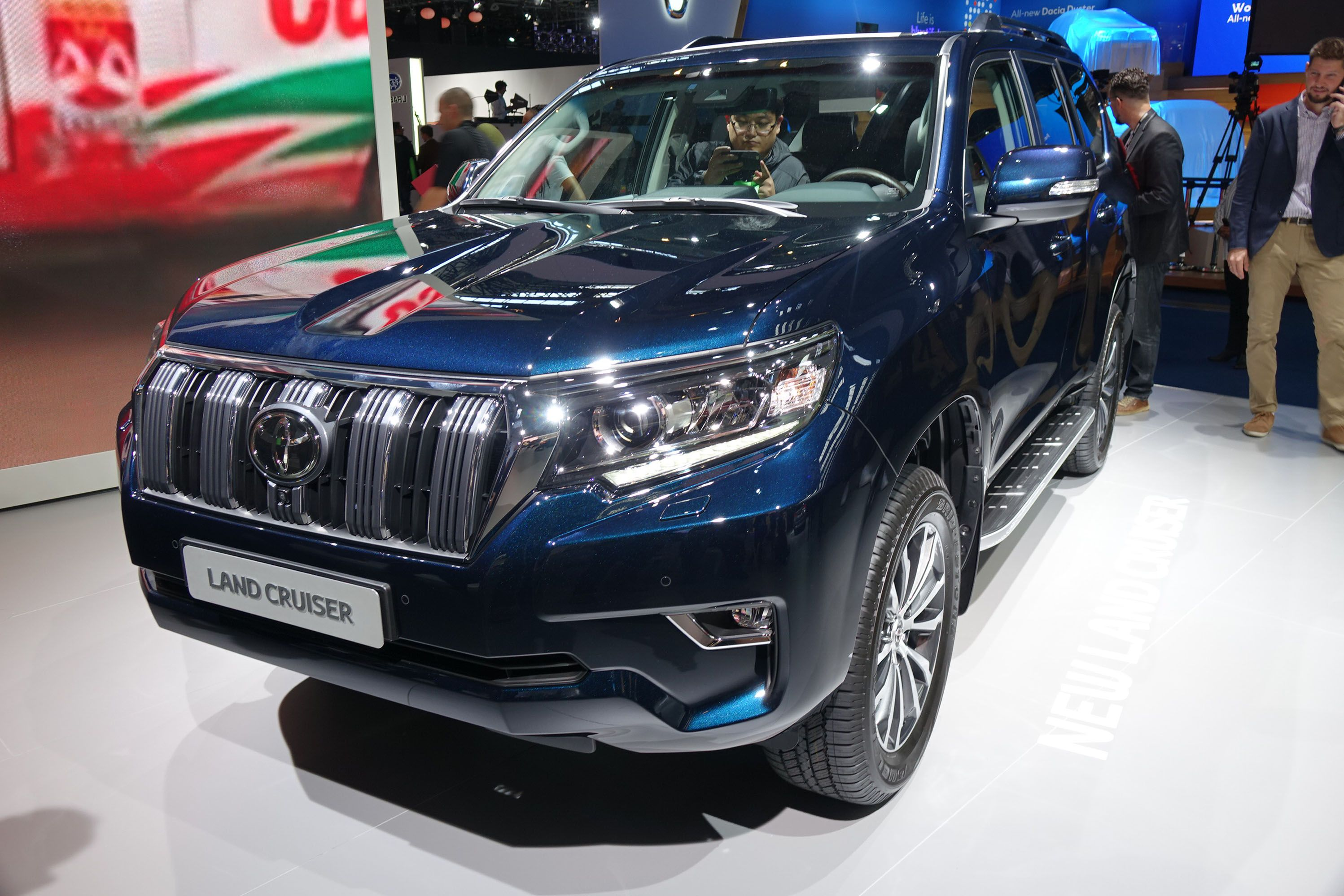 Toyota Land Cruiser Prado Made More Refined The Toyota Land Cruiser Has Grown To Become Quite The Toyota Land Cruiser Prado Toyota Land Cruiser Land Cruiser