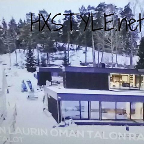 KOTI&SISUSTAMINEN 29.5.2017MTV3 LAURIN TALOT 9/10 TALOT VALMIINA, Muuttopuuhia ja Sisusustusratkaisuja. LAURIN oma talo KATSOMOSSA. DESIG, OK ja MODERNEJA Ideoita, Trendejä Uutuuksia Kimmon eli Elastisen Moderni ja Luksus Omakotitalo Merenrannalla, Helsinki. Yksityiskohtia, Sisustusta ja Ideoita.  @mtv3 @elastinen #koti #sisustus #trendit #uutuudet #suunnittelu #yksityiskohdat #moderni #luksus #tyylikäs #omakotitalo #desig #suomalainen #meri ☺