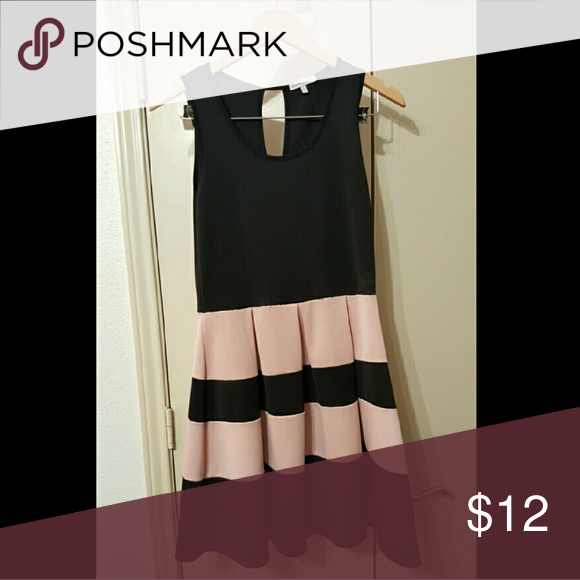 Aline Dress Super comfy material with a beautiful touch of pink and black. Might show signs of wear in the stitching but price is very reasonable for it:) Charlotte Russe Dresses Mini