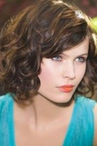 Chic and funky short curly hairstyles