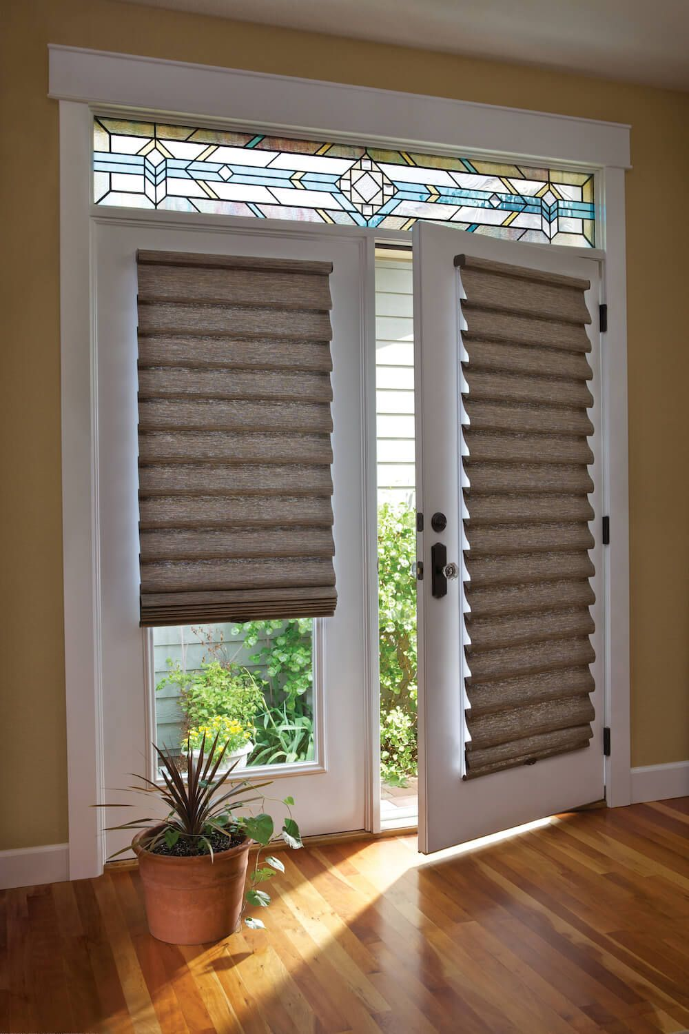 Superieur Alternatives To Vertical Blinds: Vignette Modern Roman Shades