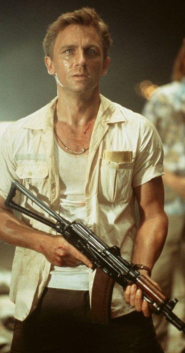 Lara Croft Tomb Raider 2001 Daniel Craig Daniel Craig Tomb Raider Daniel Craig James Bond