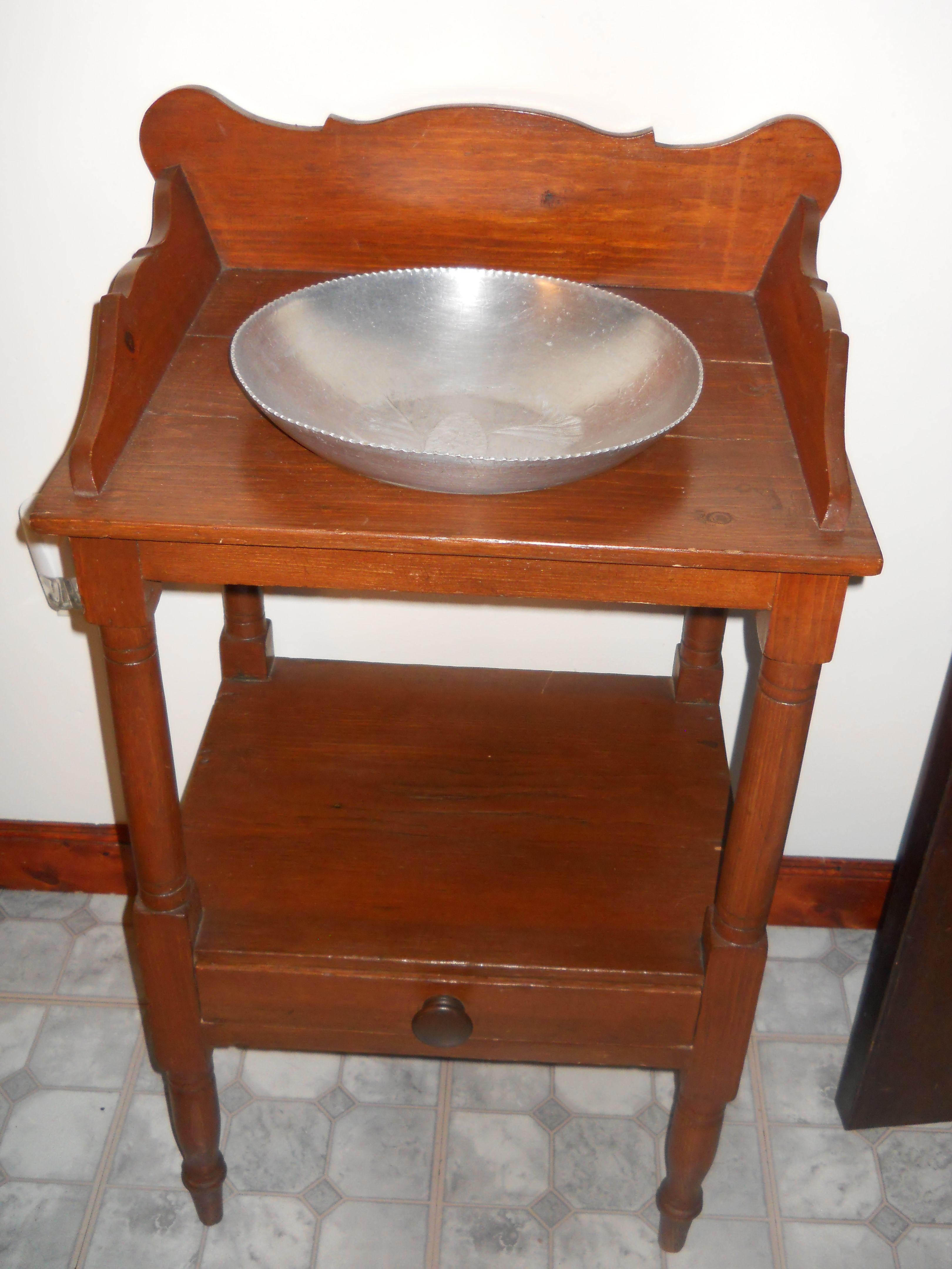 My new wash stand Now I m on the hunt for a pitcher and bowl