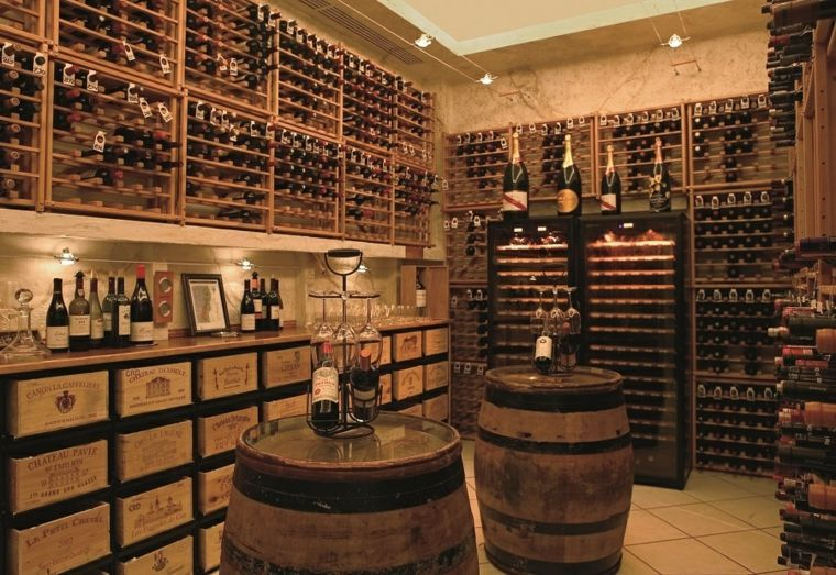 am nagement cave vin conseils et exemples de d coration wine rooms wine cellar racks. Black Bedroom Furniture Sets. Home Design Ideas