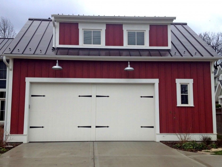Modern Farmhouse Architecture With Large Wooden Garage Doors
