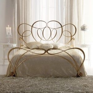 Italian Iron Gold Leaf Swirls Bed With Images Bed Linens
