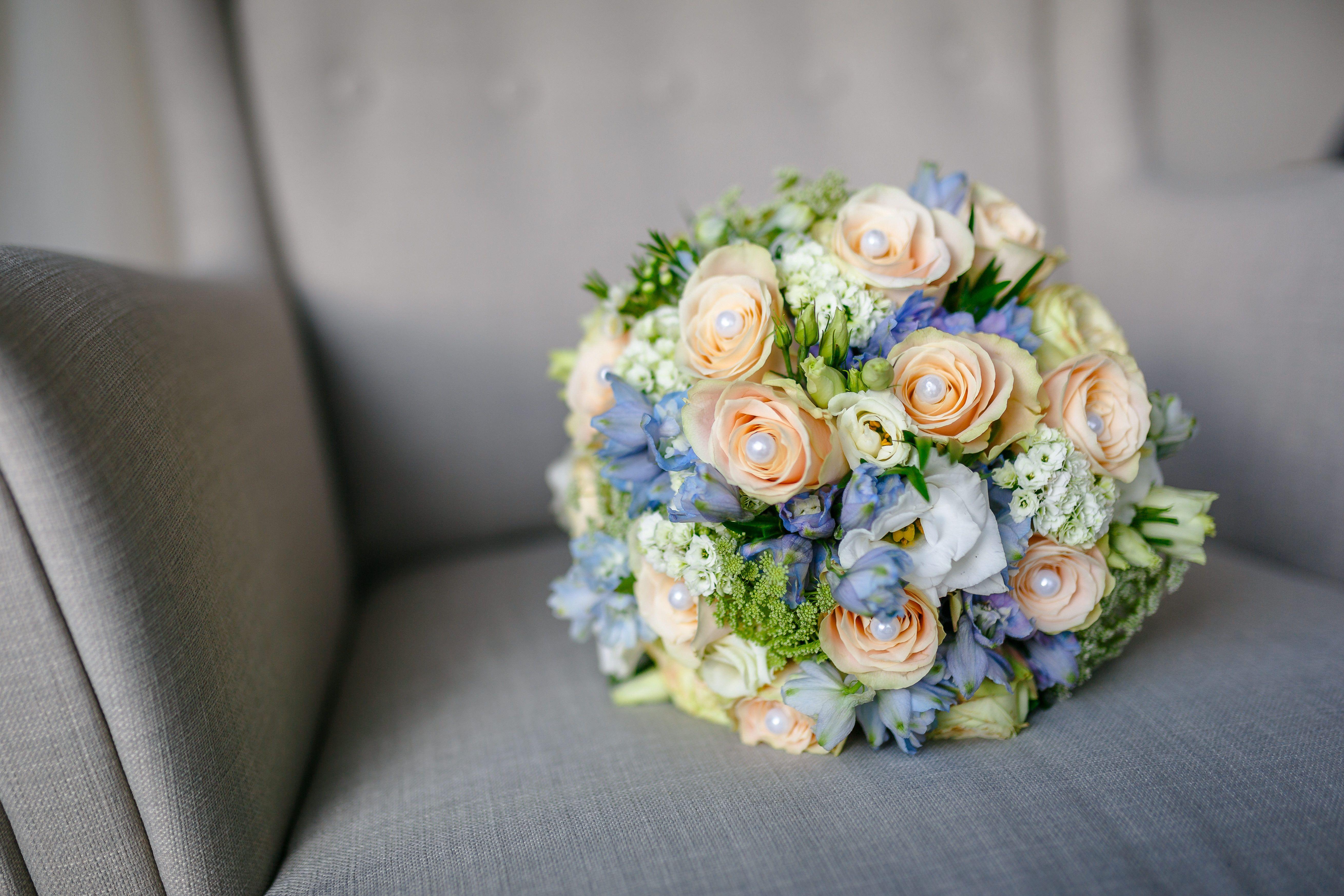 Bridal Bouque Blue Apricot Brautstrauss Apricot Blau Blumenstrauss Hochzeit Brautstrauss Braut Blumen