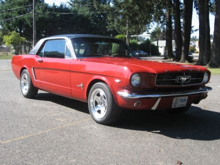 1965 Ford Mustang 289 Red With A Black Vinyl Top 1965mustang Mustang Ford Classiccars Cars 1965fordmustang 1965ford Mustangi