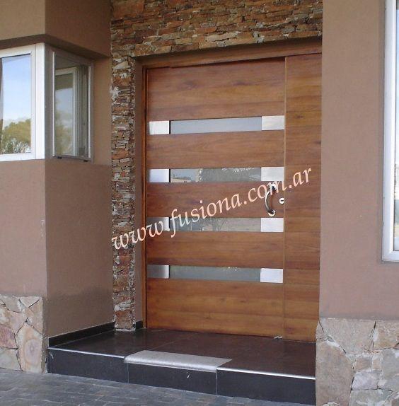 M028 1 puerta de madera con 4 ventanitas horizontales y for Puertas modernas de madera exterior