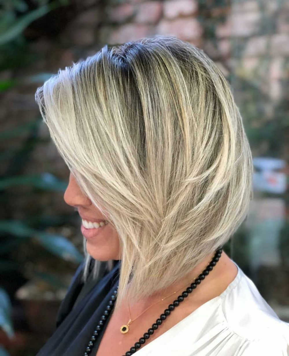 29 Best Medium Length Hairstyles for Thick Hair in