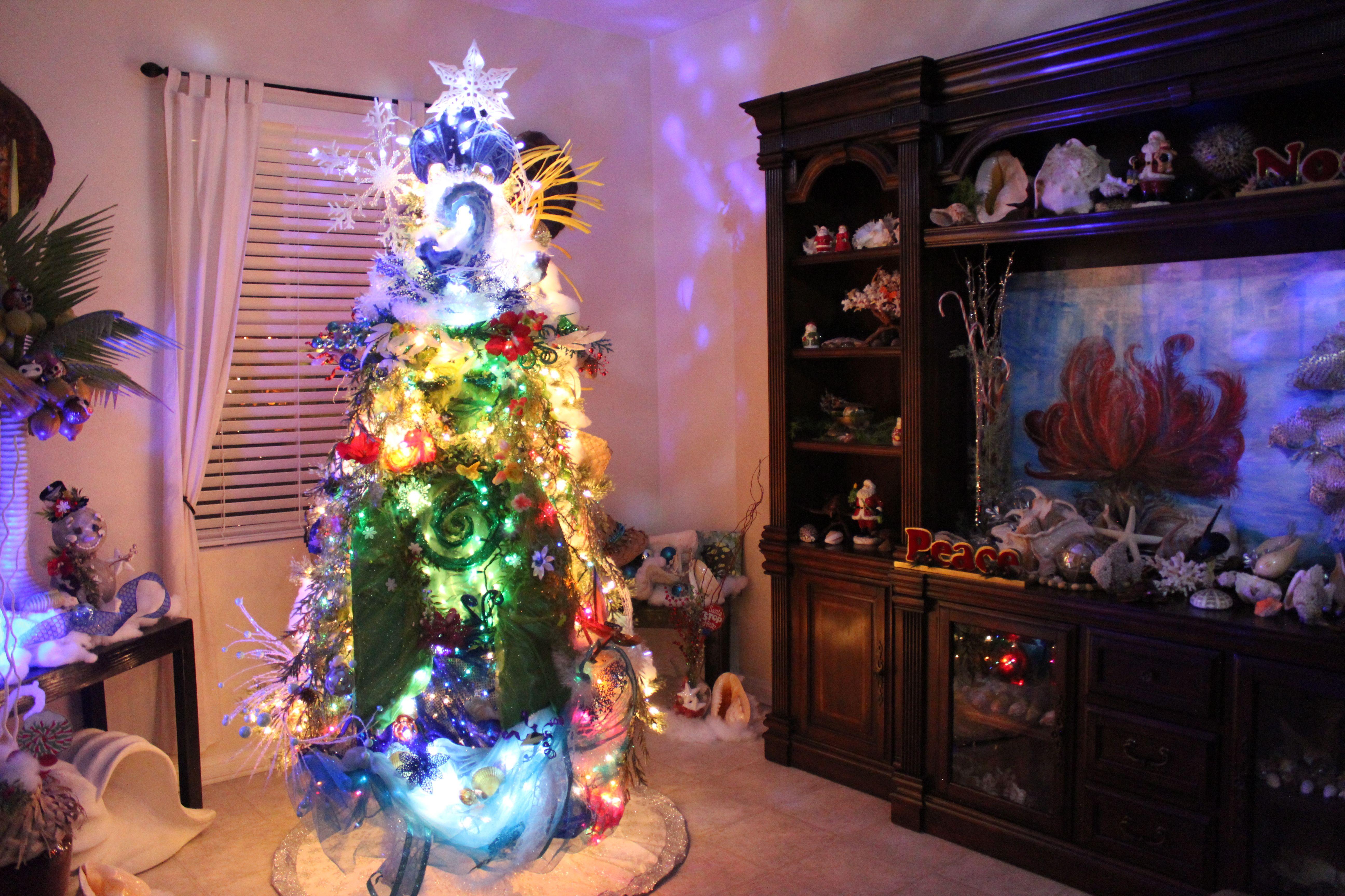 Diy We Know The Way Te Fiti Design By Api 2017 Rotating Tree 1 Side Te Ka 1 Side Te Fiti Te Fiti Christmas Tree Christmas Tree Tree Christmas