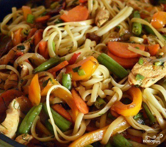Рецепт курицы с фасолью и овощами