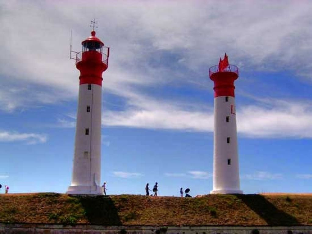 Charente Maritime : Phare de l'ïle d'Aix (phare d'île habitée)