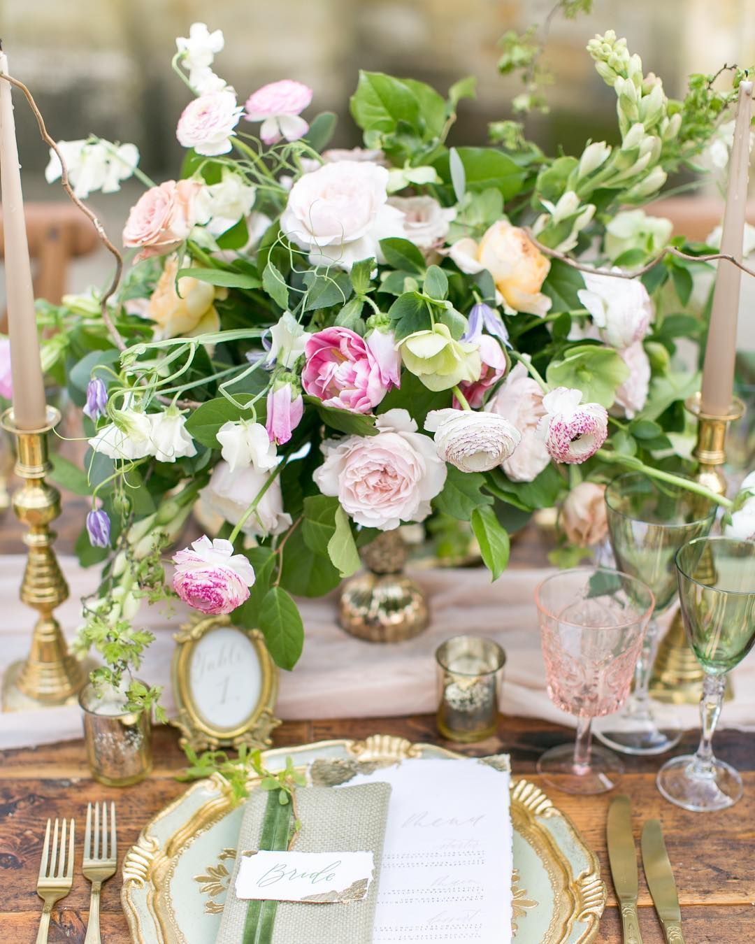 Planning Our Big Day Centerpieces And Wedding Colors: Pin By Heather Canino On Wedding Table Idea's