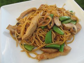 The Girly Girl Cooks: Pork Lo Mein
