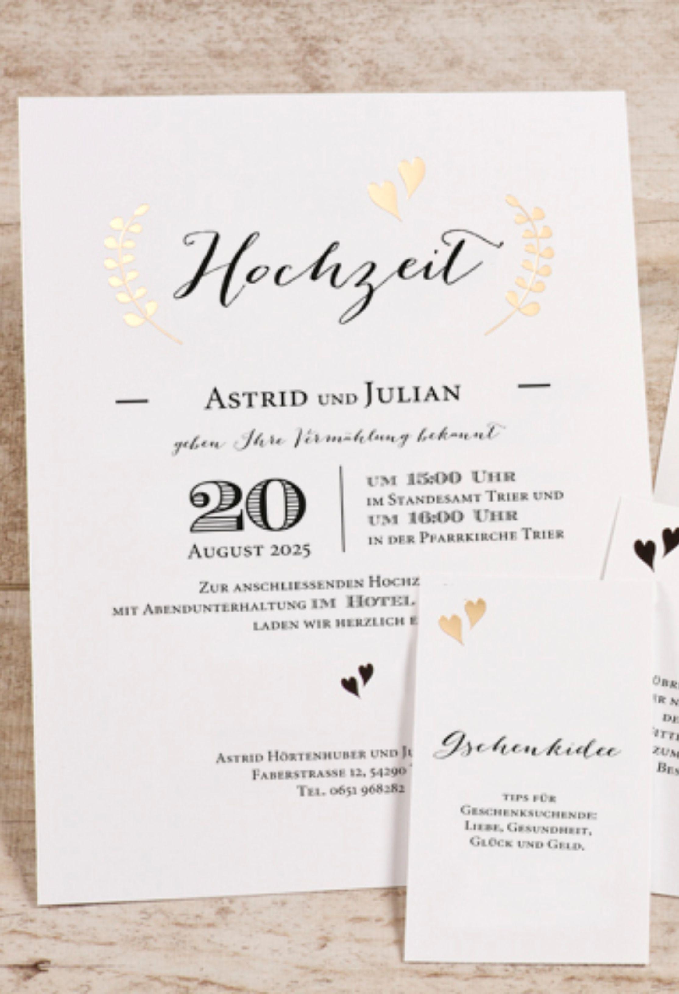 Moderne Hochzeitseinladung Im Handletteringstil Mit Goldfolie Hochzeitseinladung Einladungen Karte Hochzeit