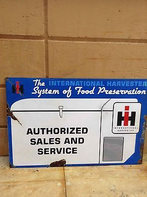 Vintage International Harvester Refrigerator Freezer Sign.  International Sign https://t.co/OpqbhpCZjB https://t.co/3OzMz4KAO7