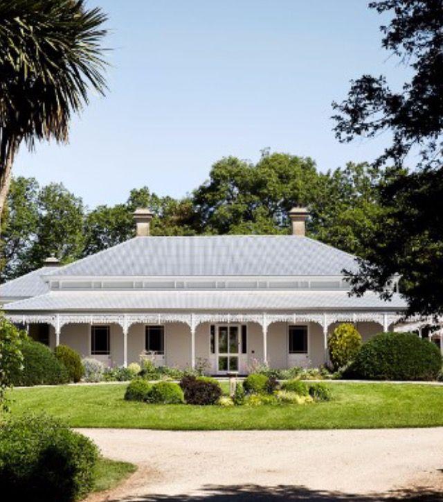 Typical Australian House: Typical Australian Homestead With Wraparound Verandah