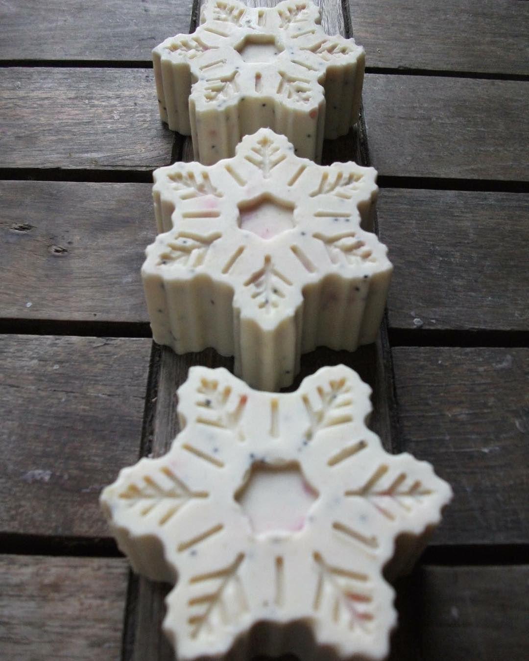 Hópehyel szappan sheavajjal snowflake soap shea butter