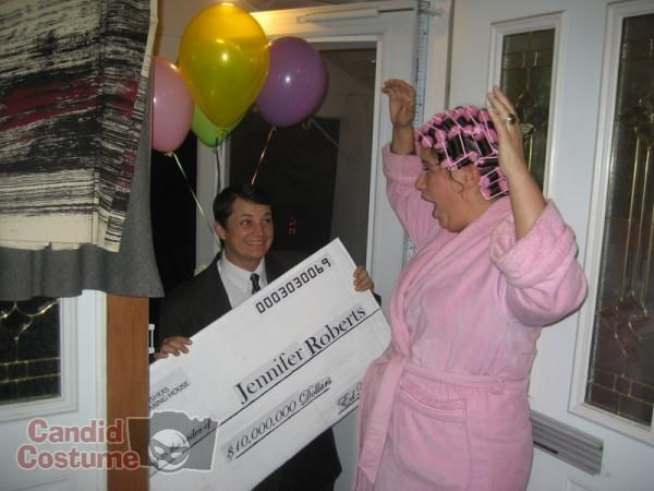 Publishers Clearing House , Couple costume | halloween