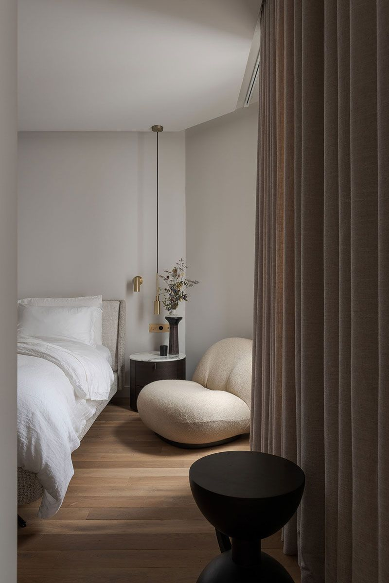 Elegant and warm Paris: modern apartment in the center of French capital