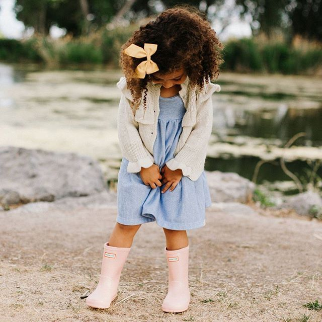 Being a little shy is understandable when you are this cute! Am I right?! 💖 #luluandroo
