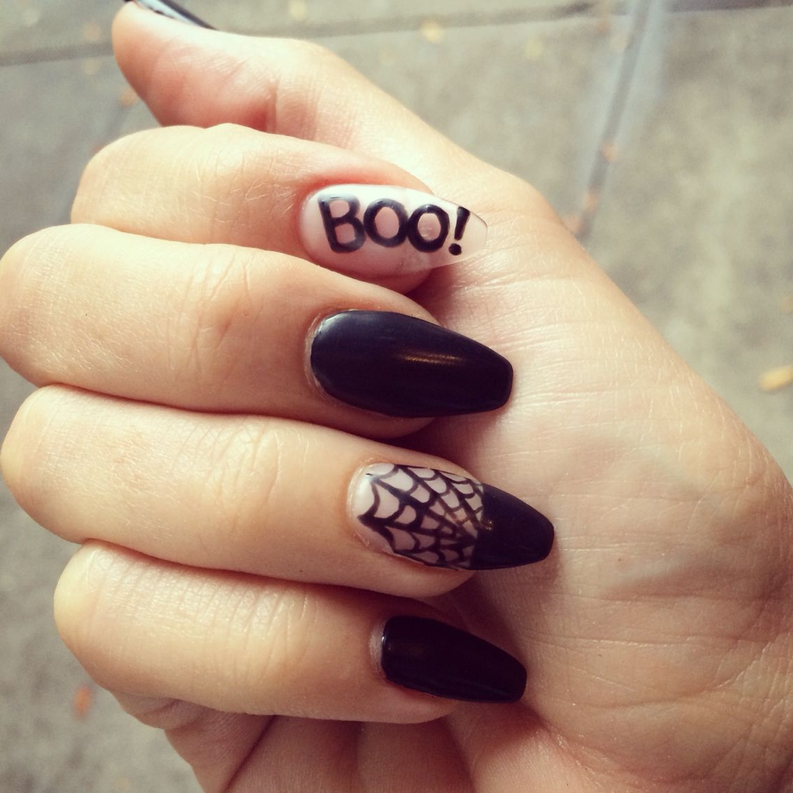 Halloween nails. Spider web, matte black, narrow square ...
