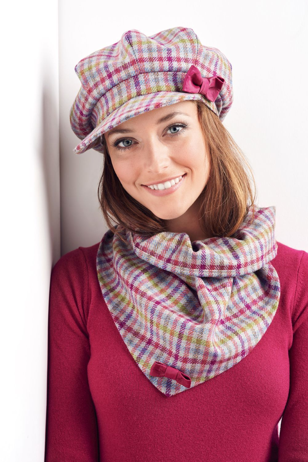 Feeling the cold weather now that we're firmly into the autumn season? Sew yourself a matching cap and scarf set with the help of this project in issue 18 of Dressmaker! #sewcialists #sewing #sewingproject #dressmaking