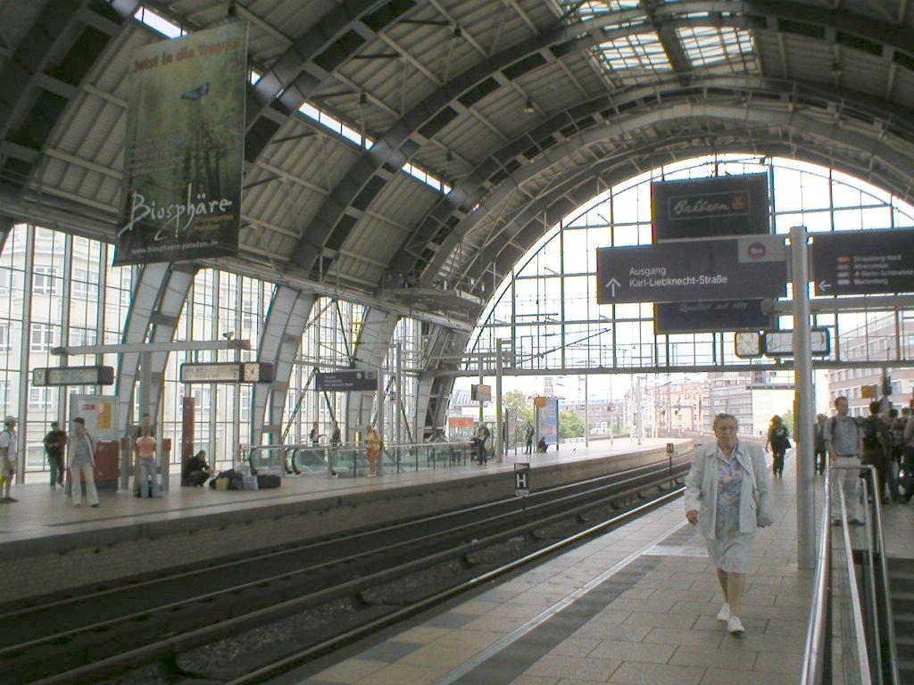 Berlin Train Station Alexanderplatz Berlijn