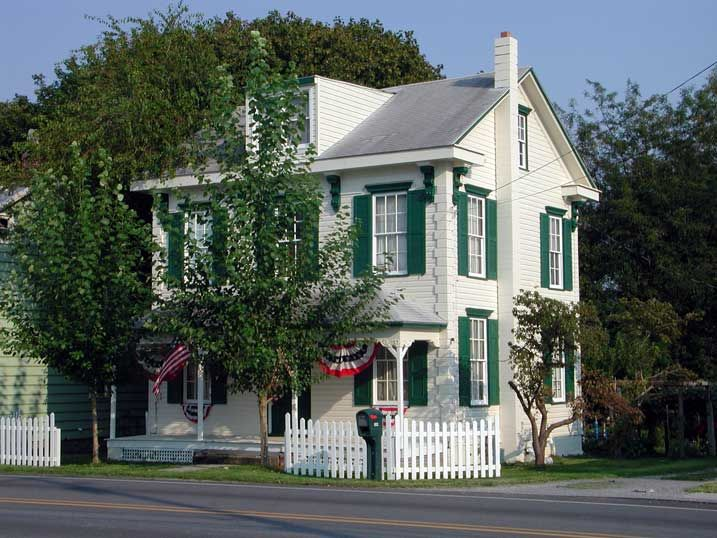 White house green trim houses pinterest white for White house green trim