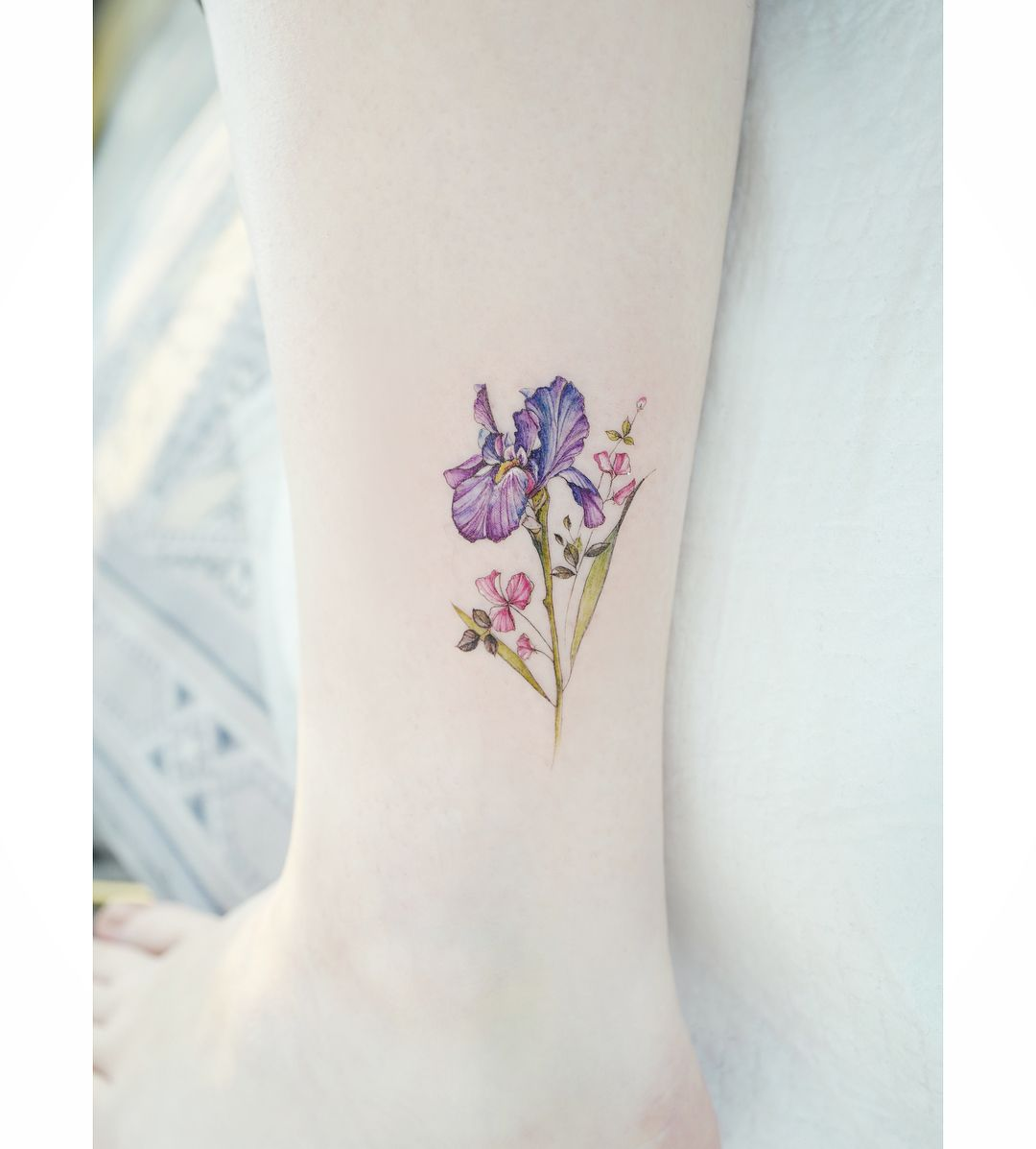 Iris Sweetpea Iris Tattoo Tattoos For Women Minimalist Tattoo