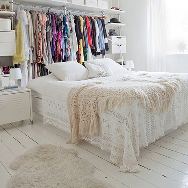 Love the crocheted blankets in the bed!!!!