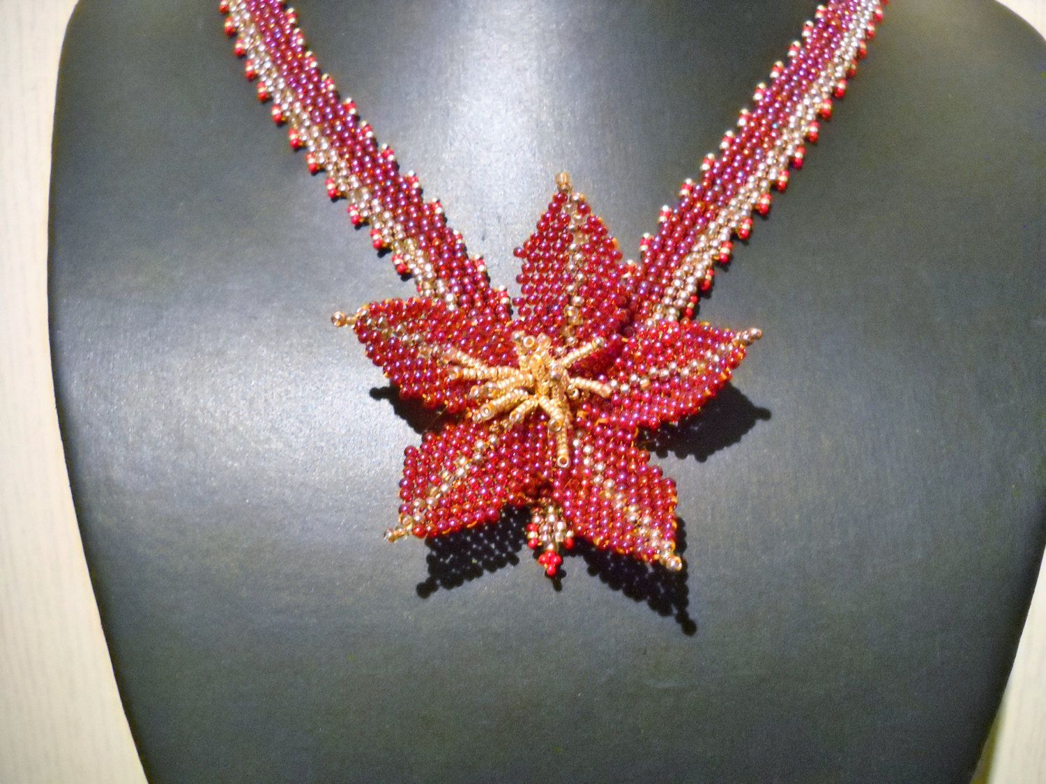 Gift For Her Handmade Flower Necklace in fuchsia and by Seadbeady
