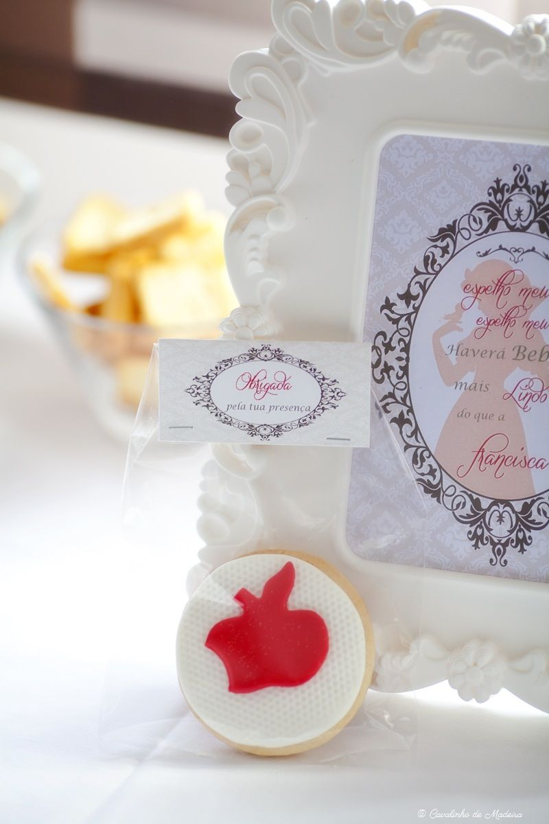 Snow white baby shower party favor cookies   Em\'s Baby Shower ...