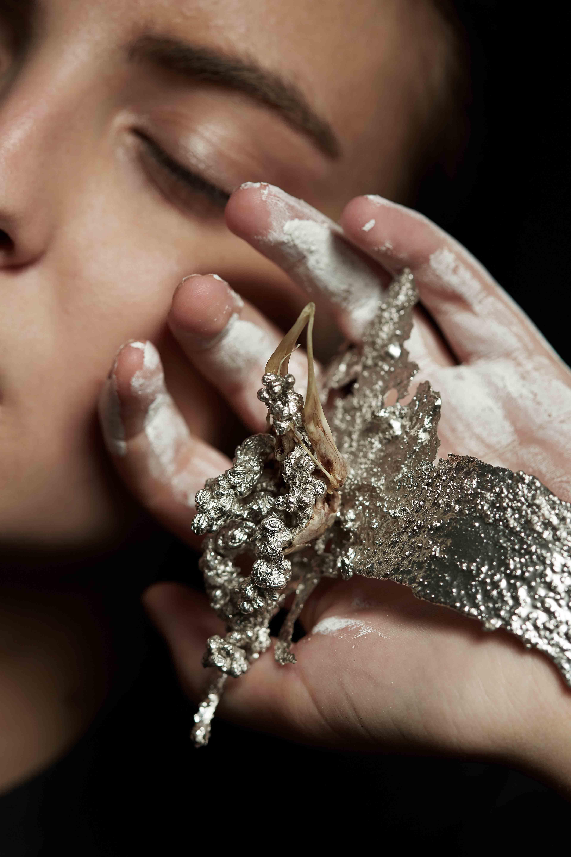 #contemporaryjewellery #art #design #contemporaryart #artjewellery #contemporaryjewelry
