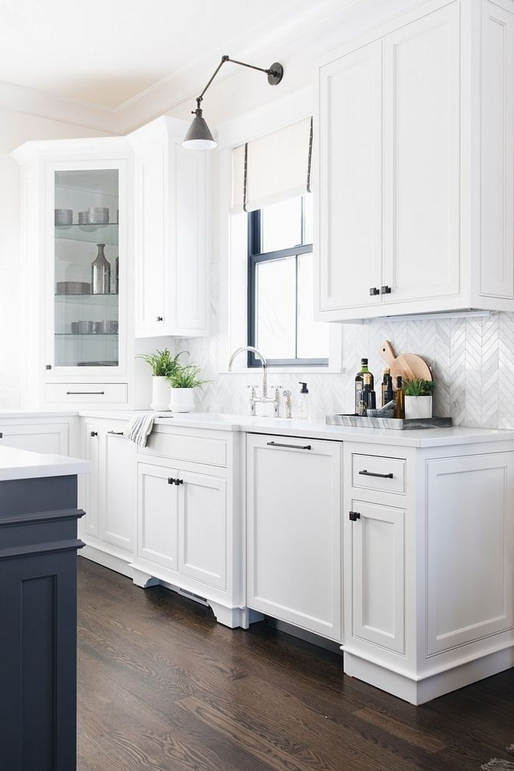 modern paint colors ideas for kitchen11   White modern ...