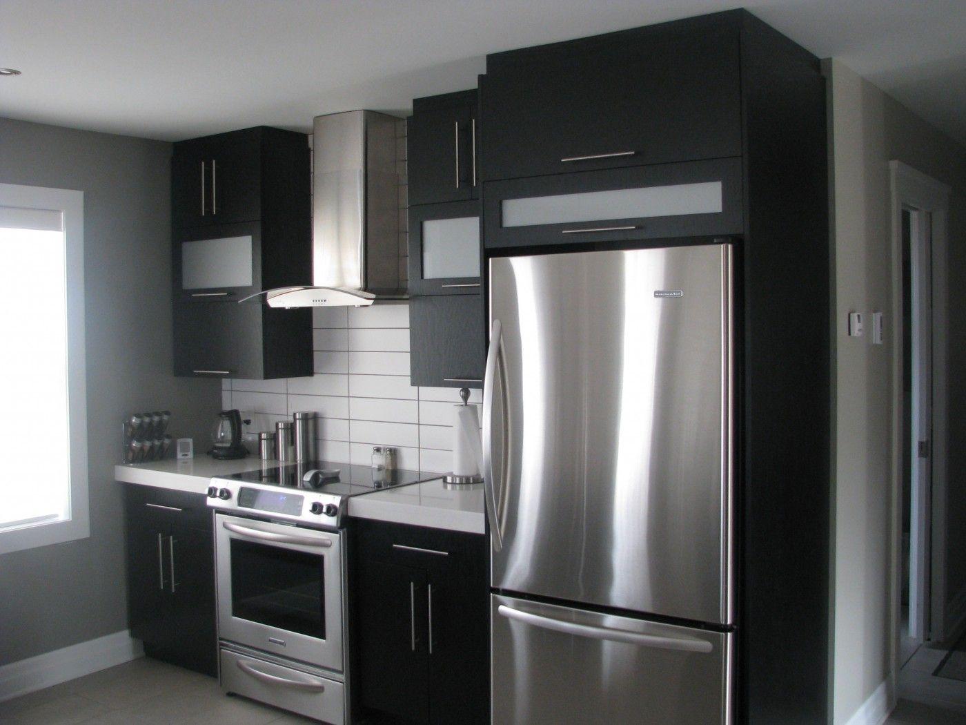 armoires noires dosseret blanc id es d co et am nagement pinterest. Black Bedroom Furniture Sets. Home Design Ideas