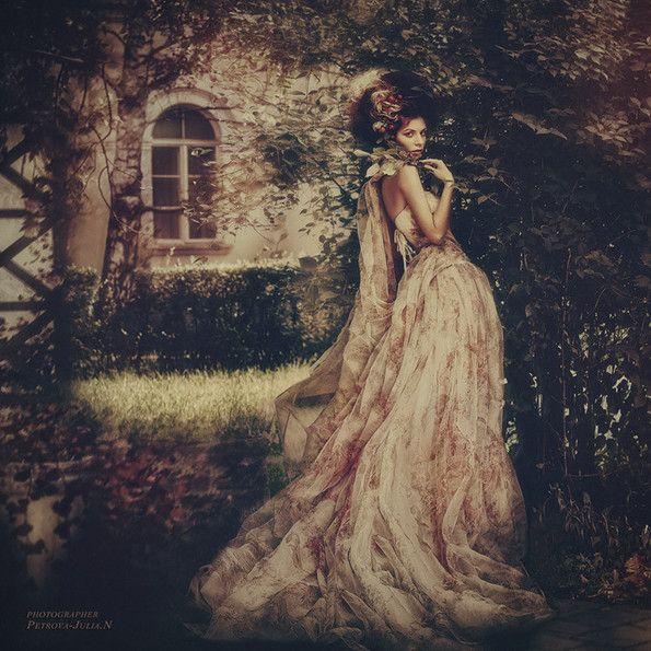 Baroque (Lisa) - Petrova Julian photographer.