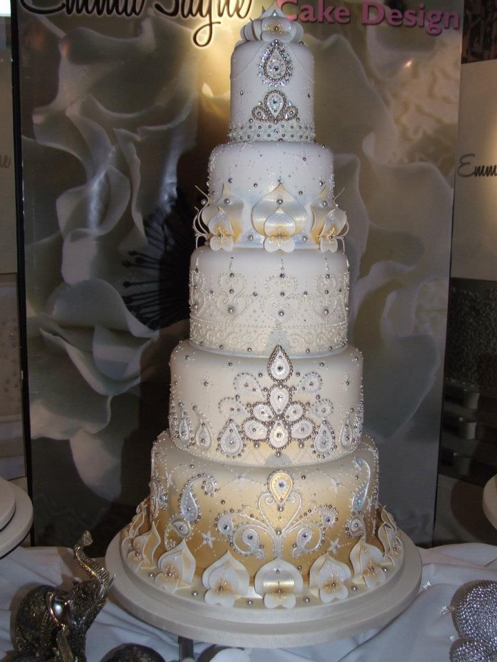 Amazing Indian Style Wedding Cake By Emma Jayne Design