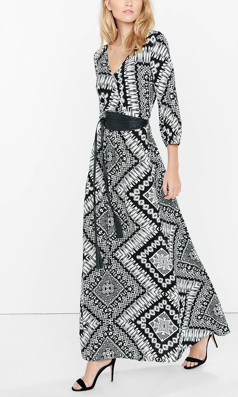 Black And White Ikat Print Surplice Maxi Dress From Express Black White Maxi Dress Maxi Dress Stunning Dresses [ 1334 x 800 Pixel ]