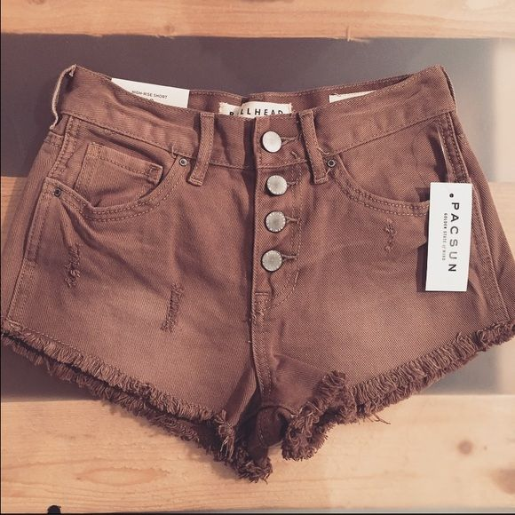 Bottoms Pick a size. I do NOT model. I do NOT trade. And I ONLY sell through Poshmark. Please keep comments nice and clean. This is a positive atmosphere. PRIVATE offers are always considered. Bullhead Shorts Jean Shorts