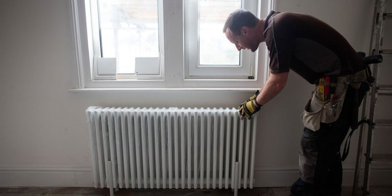 Radiator Heating Your Guide To Old Fashioned Heat Radiator Heater Radiator Heating Wood Stove Water Heater