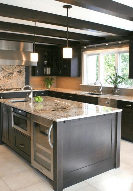 25 Minimalist And Stylish Kitchen Design Ideas Eweddingmag Com In 2020 Kitchen Island Design Stylish Kitchen Island Rustic Kitchen Island