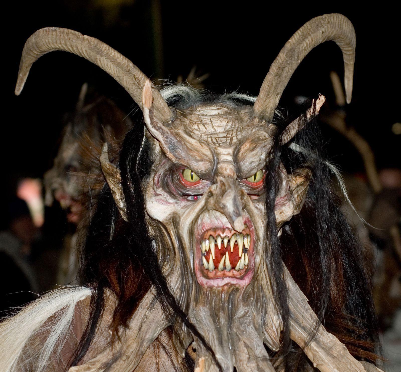Meet Krampus The Evil German Santa Claus Krampus Mythical Creatures Creatures